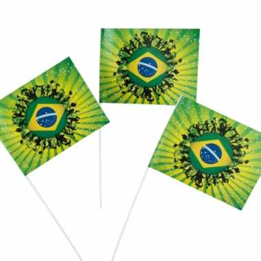 Braziliaanse  Supporters zwaaivlaggen 50 stuks